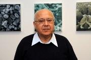 Prof_David Ezra
